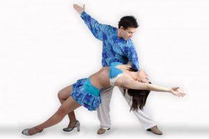Academia de Baile Son Latinos a Internet con ZEWS