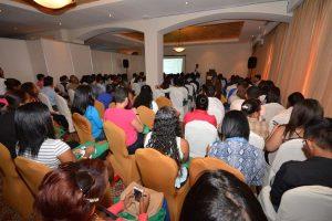 Ing. Fabián Vargas durante conferencia en Colón, Panamá, setiembre del 2015.