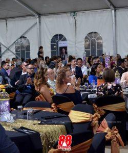 La entusiasta concurrencia a la ceremonia muestra la trascendencia que la comunidad está dando al Premio Crestones, un concurso anual creado por la Cámara de Comercio  para estimular al sector empresarial. Foto cortesía de 88 Stereo.